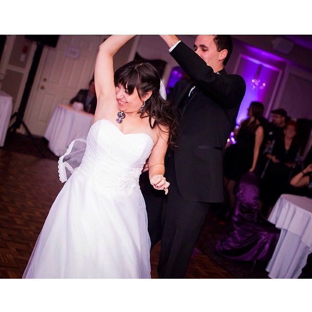 #firstdance #bride #groom #dance #wedding #instawedding #orchardview #reception #love #fun #purple #like #happy #weddingdress #ottawa #picture #photos #lovers #married #couple #weddingphotography #photosottawa